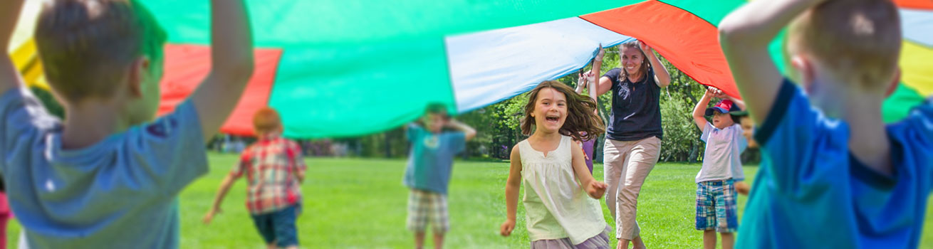 kids playing parachute
